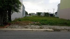 Bất động sản 24h: Ngỡ ngàng vì mua đất nền lại hóa ra... nhà liền kề